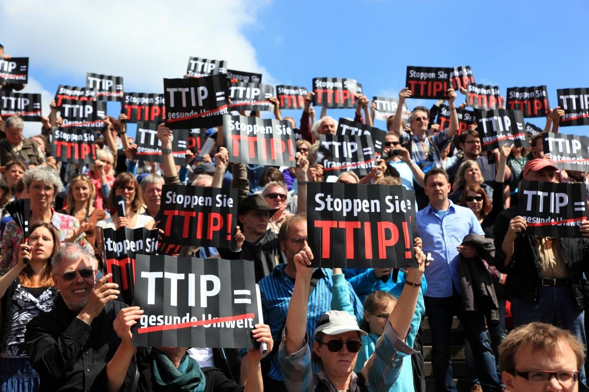 Striderna fortsätter kring omtvistat handelsavtal