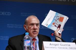 OECD:s generalsekreterare presenterar rapporten. Foto: OECD/Andrew Wheeler