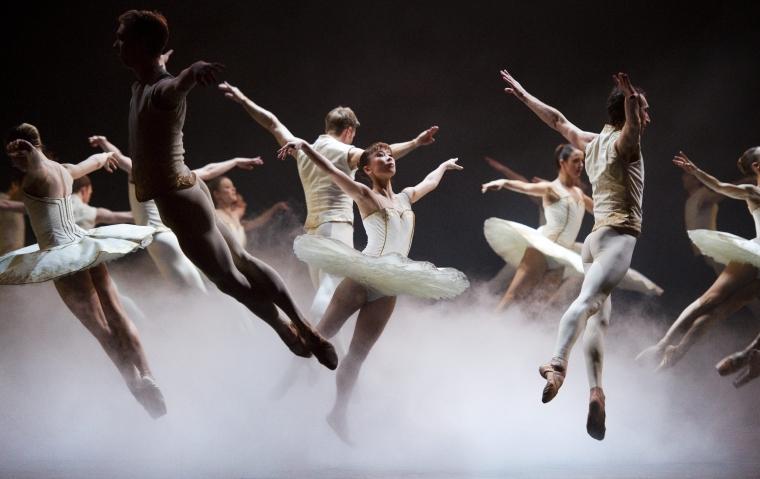 Nytt avtal för dansare och sångare ger chanser till karriärväxling