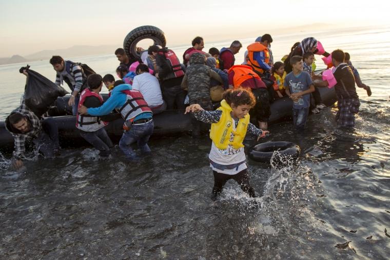 Arbetsmarknadens parter ska bidra till lösning på flyktingkrisen
