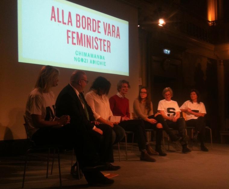 Facket med och delar ut feministbok till elever