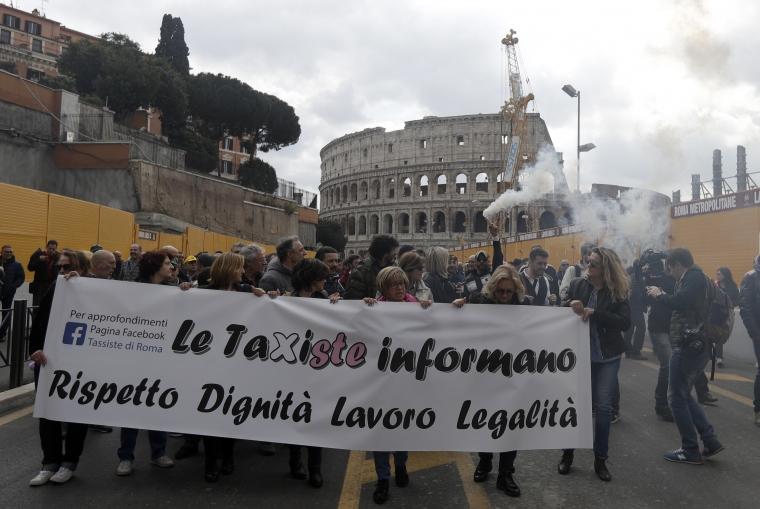 """Uber """"chockas"""" av dom – förbjuds i Italien"""