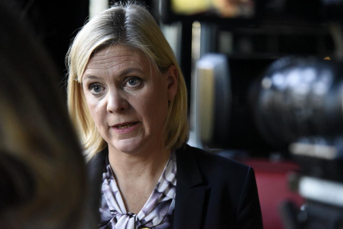 Finansministern kritisk till utlandsföddas val av föräldrar