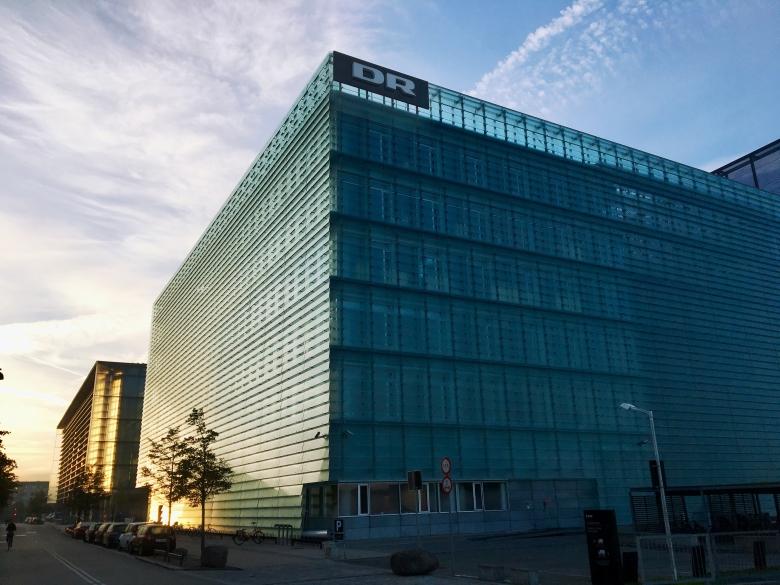 Forskare: Danskt ingrepp i public service del av en trend
