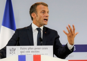 Fortsatt facklig kritik mot Macron trots de nya förslagen