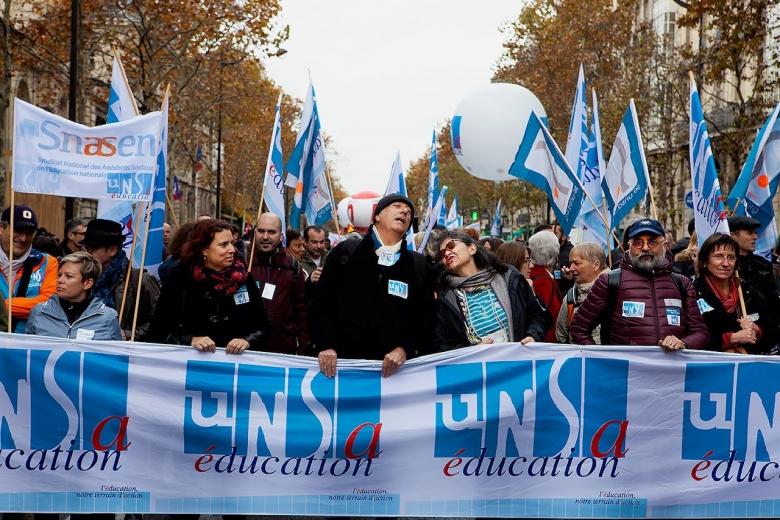 Lärarna strejkar mot nedskärningar i Frankrike