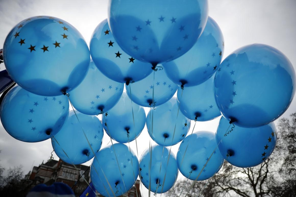 Saco slutar betala till Eurocadres trots EU-superåret