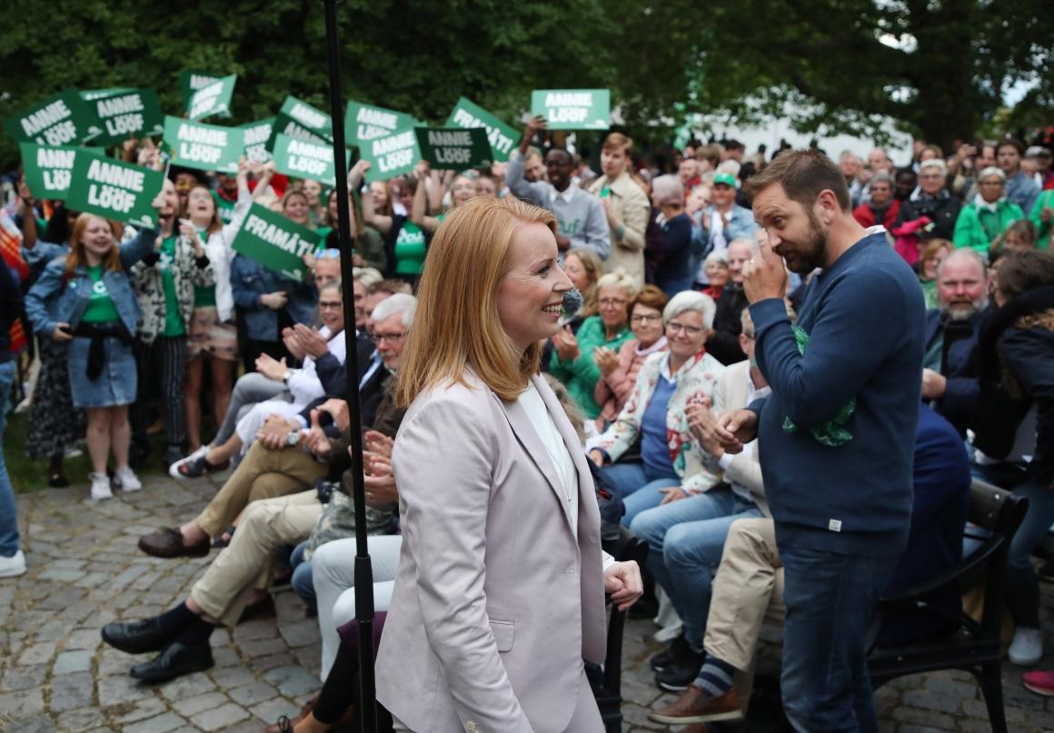 Partistyrelsen: Begränsa nyanländas välfärd