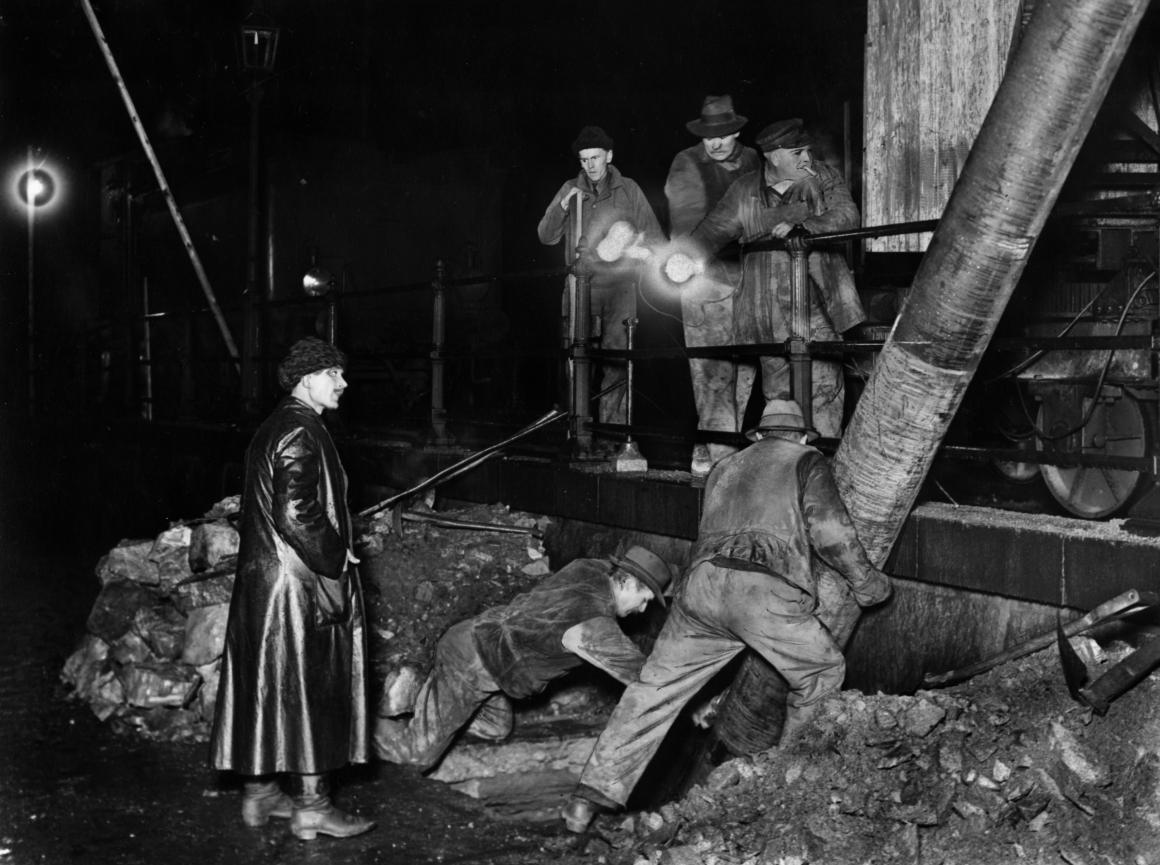 När elen kom kunde arbetarna kräva högre löner