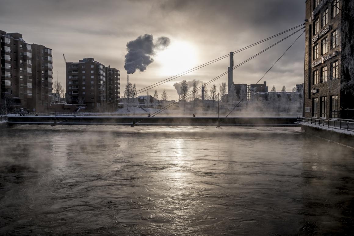 100 000 strejkar sedan i natt i finsk exportindustri
