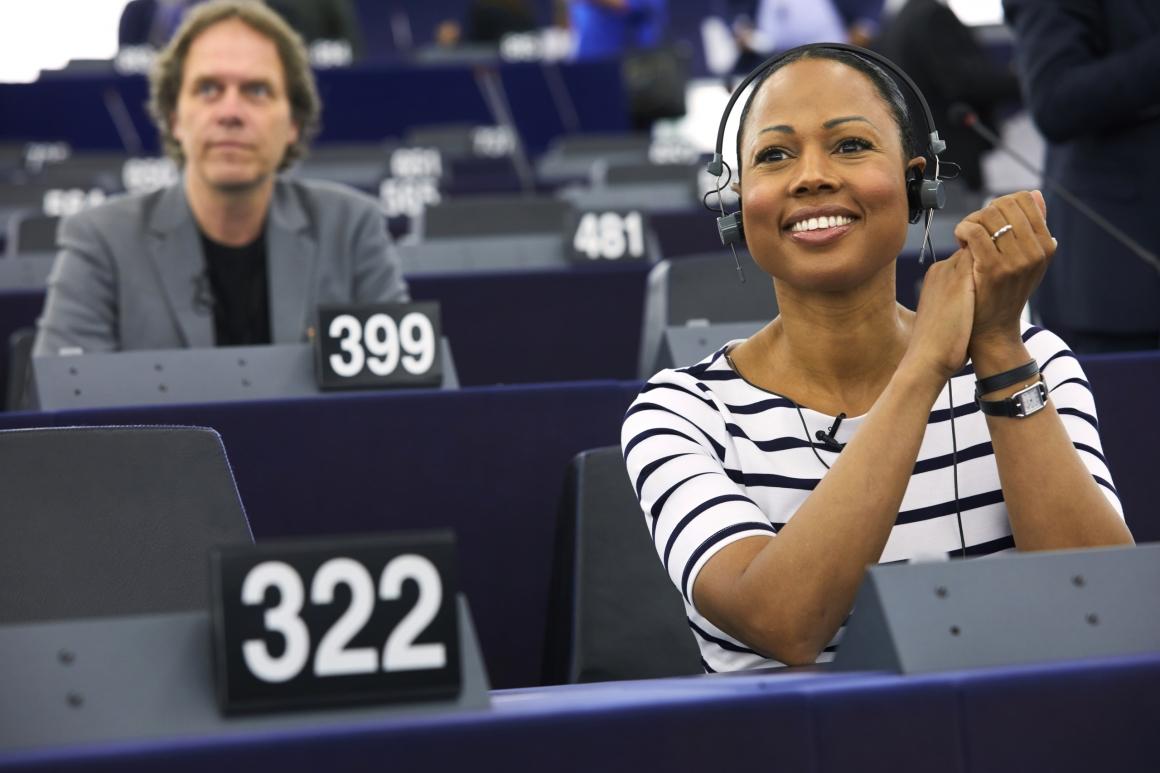 Varannan svensk EU-parlamentariker nobbar facket