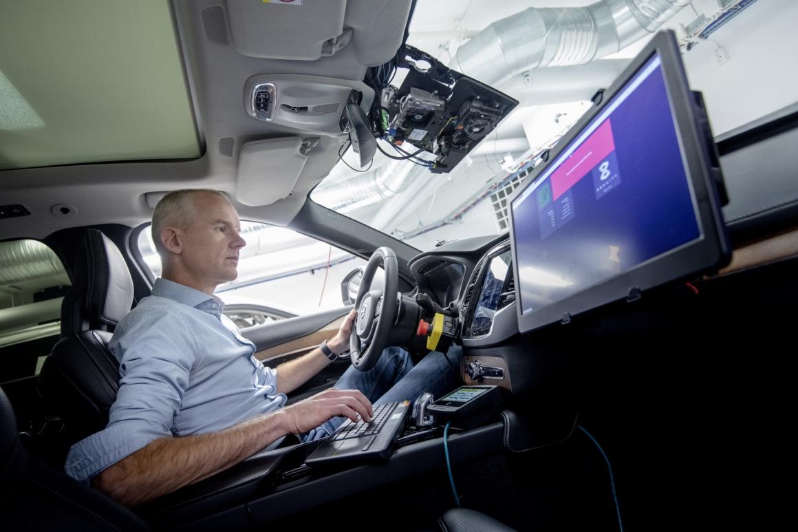 Billig arbetskraft en förutsättning för självkörande bilar