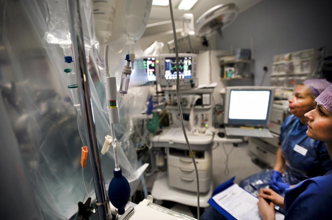 Läkaresällskapet varnar för sjukvårdsförsäkringar