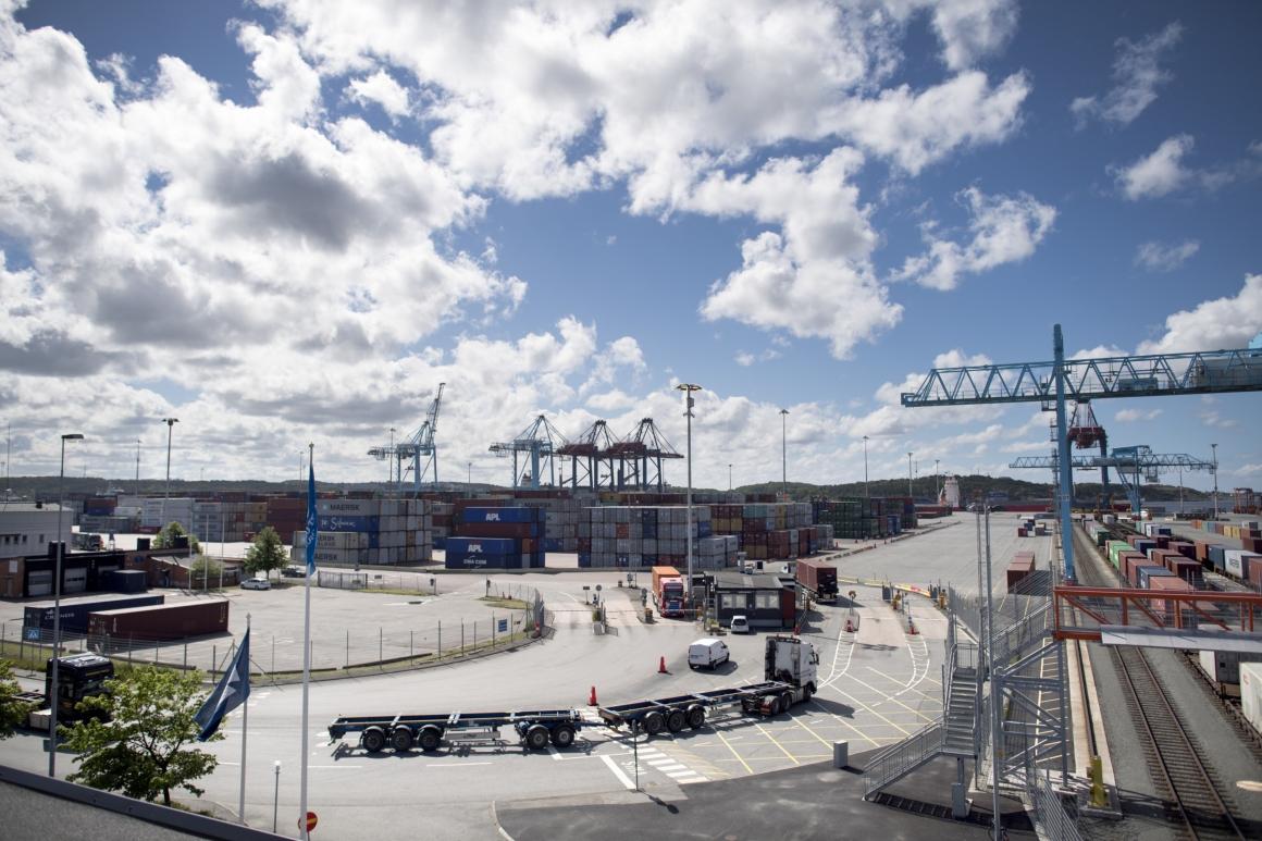 Nytt mål i hamnkonflikten hotar svenska modellen