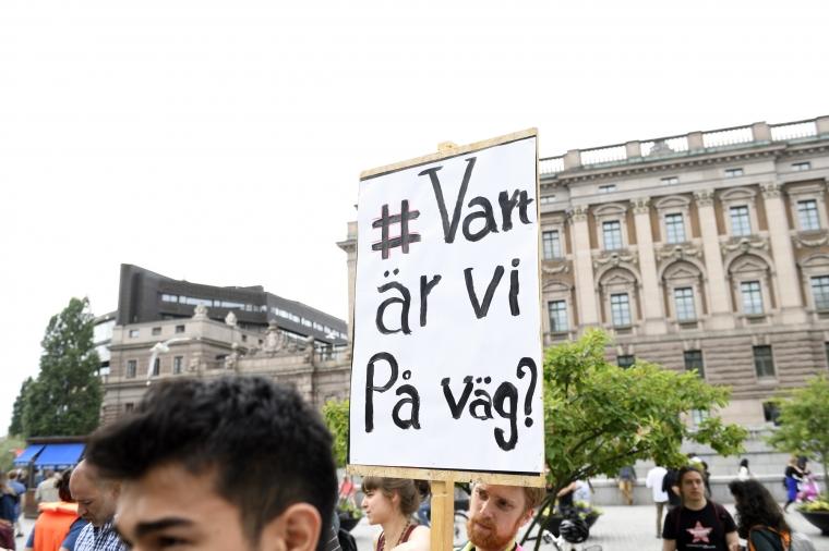 Folkrättsjurist: Ett volymmål inskränker asylrätten
