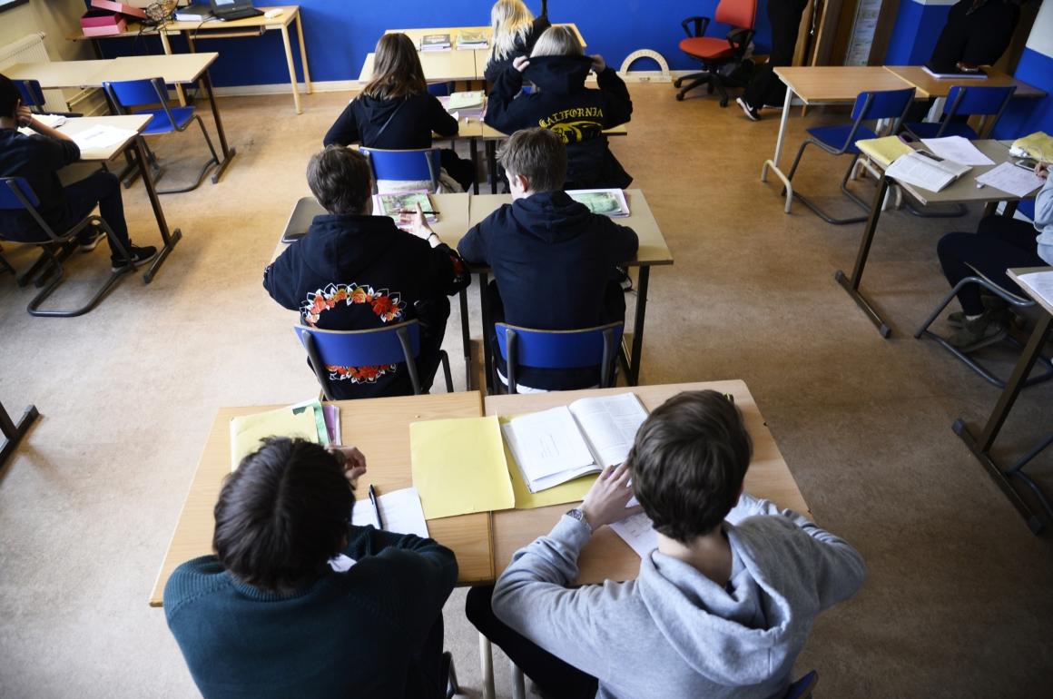 Lärare inför skolstarten: Svårt hålla distans i skolan