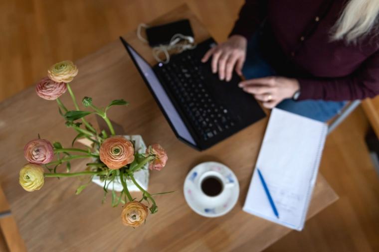 Unionen varnar: Kvinnors yrken effektiviseras bort