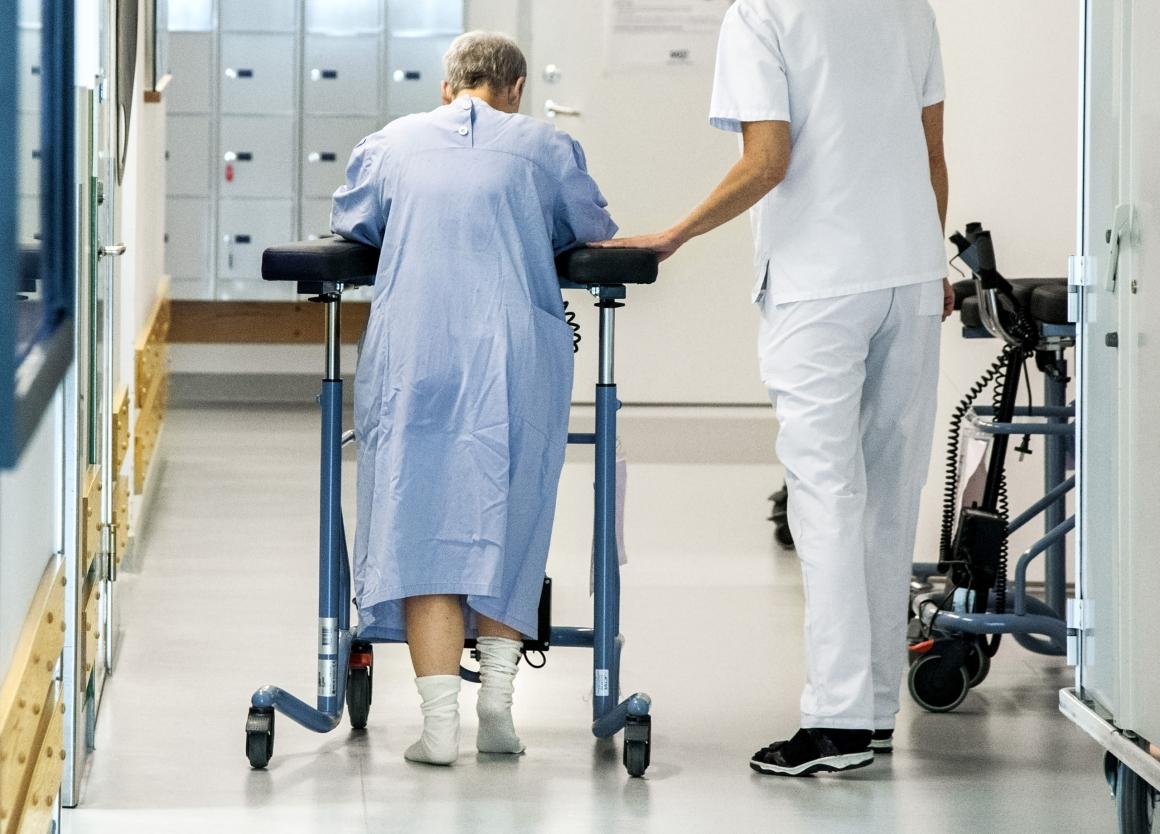 Sjuksköterskor lägger 40 procent av sin tid på administration