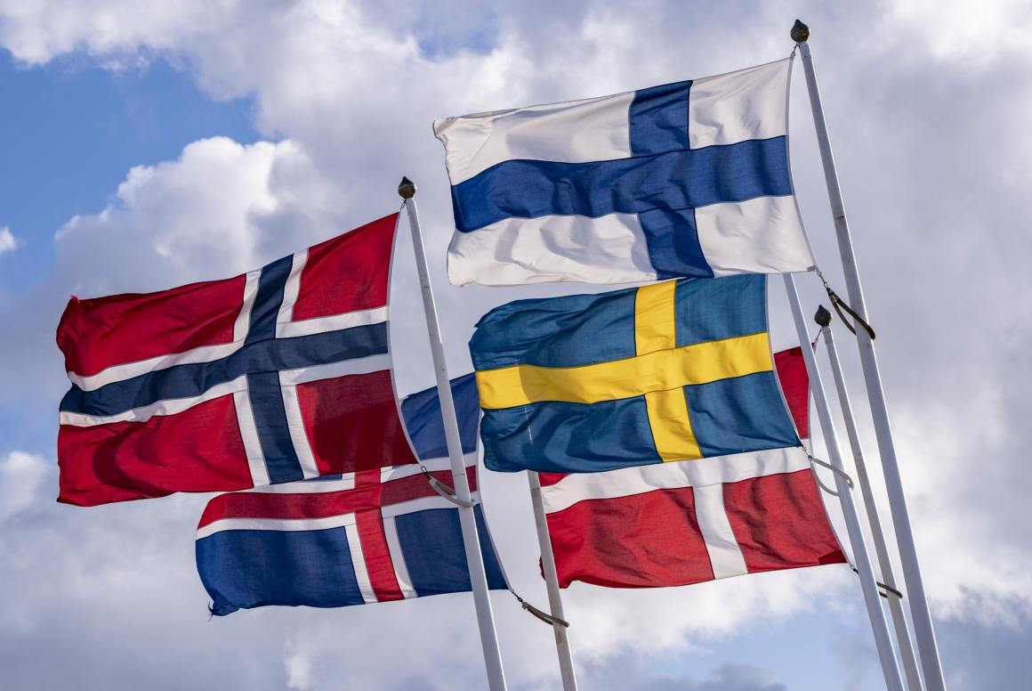 Sverige sticker ut med låg a-kassa