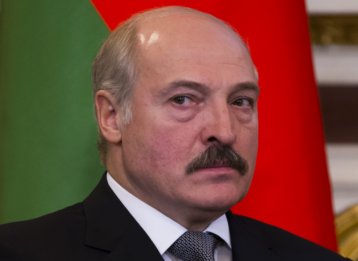 Belarusförbjuder politiska strejker och gör det enklare att avskeda