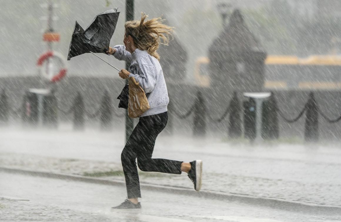 Ung väderpresentatör vill påminna om mänsklighetens snara utplåning